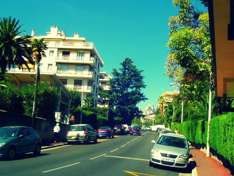 Le quartier de Nice nord et notamment celui de Cimiez offre de nombreuses opportunités d'appartements.
